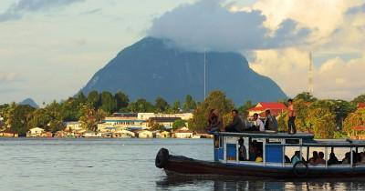 446 Tempat Wisata di Kalimantan Barat Paling Menarik dan Wajib Dikunjungi