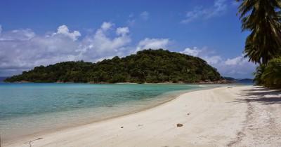 Pantai Selat Rangsang, Spot Pantai Pasir Putih Berlaut Biru Kepulauan Anambas