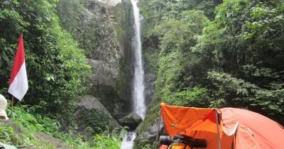 Air Terjun Datar Lebar, Keindahan Tersembunyi Dibalik Hutan