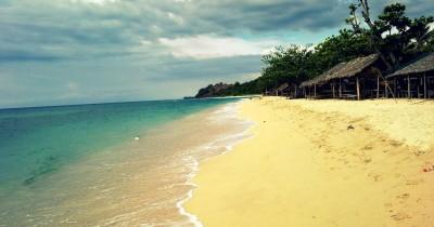 Pantai Lhok Bubon, Menikmati Keindahan Alam dan Mencicipi Hidangan Laut