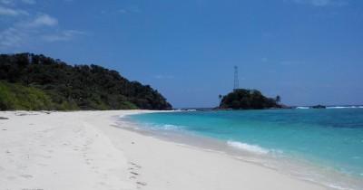 Pulau Sejuba, Pulau Kawasan Natuna Dengan Pesona Pantai Pasir Putih Yang Memikat