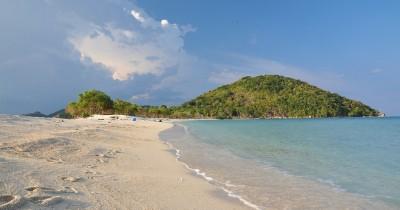 Pulau Temuruk, Surga Pasir Putih Nan Cantik Kepulauan Anambas