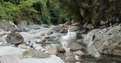 Air Putih Lebong,  Menikmati Dua Sensasi Air Yang Berbeda