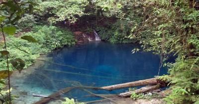 Danau Kaco, Keindahan Kemilau Cahaya di Tengah Hutan Belantara