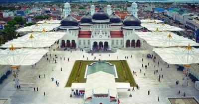Masjid Raya Baiturrahman, Masjid Bersejarah yang Sekarang Berubah Wajah