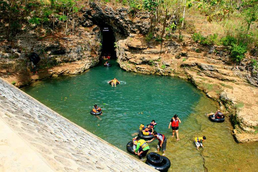 Goa Kalisuci, Sensasi Cave Tubing  Goa Cantik di Jogja