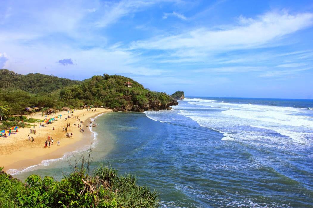 Pantai Sundak, Pantai Cantik Dengan Kemilau Pasir Putih