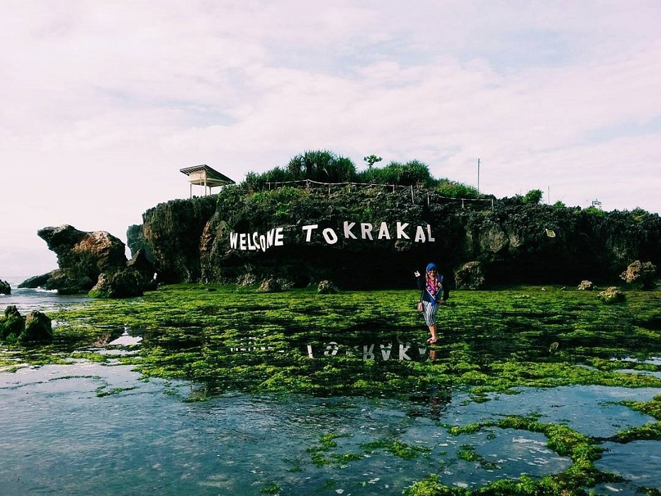 Pantai Krakal, Spot Surfing Dengan Pesona Menawan
