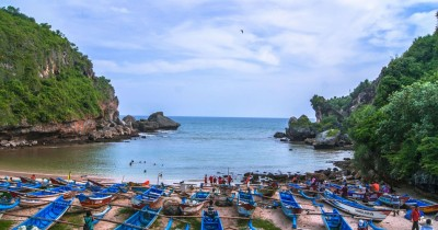 Pantai Ngrenehan, Surga Tersembunyi di Yogyakarta