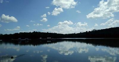 Dam Betuk, Waduk dengan Panorama Kebun Sawit dan Karet