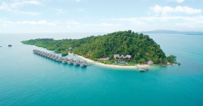 Pulau telunas, Menikmati Tinggal di Resort yang Menyajikan Pemandangan Alami