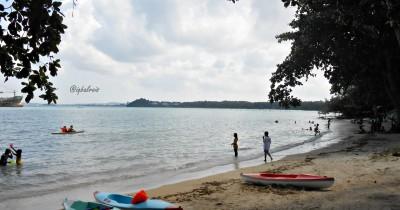 Nikmati Kesejukan Dan Ketenangan Pantai Dangas di Batam