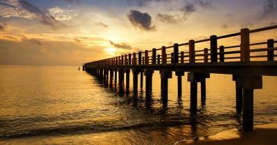 Pantai Indah Sergang Laut, Manjakan dan Refresh Diri Dengan Wisata Pantai Asri
