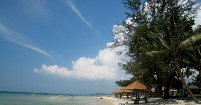 Pantai Sebong Pereh, Suasana Lautan yang Asri, Penghilang Lelah Dn Kejenuhaan Bagi Para Wisatawan