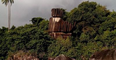Nikmati Keunikan Situs Alami di Batu Tumpuk Tiga