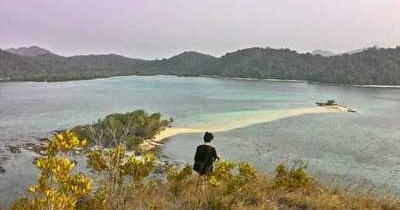 Seribu Pesona Pulau Belanding Yang Tak Pernah Lelah Memikat Mata