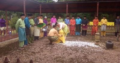 Makam Merah, Tempat Persemayaman Sultan Terakhir Riau