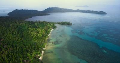 Pantai Pasir Marus, Pantai Dengan Pasir Ter Lembut Destinasi Wisata Bahari Nomor Satu