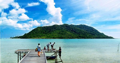 Pulau Laut, Keunikan dan Keindahan Jajaran Karang