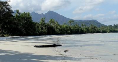 Pantai Sebagul, Keindahan Alam Di Tengah Keramaian Ibukota Ranai