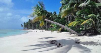 Pulau Midai, Spot Utama Para Wisatawan Kota Untuk Melepas Kejenuhan dan Menikmati Nuansa Alam yang Masih Asri