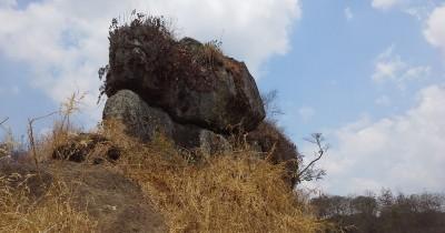 Batu So'on, Menikmati Wisata Unik yang Terdapat di Bondowoso