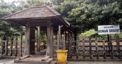 Makam Sunan Drajat, Menikmati Wisata Religi di Lamongan