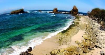 Pantai Papuma, Sebuah Surga Kecil Yang Ada di Jember