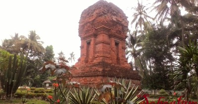 Candi Kalicilik, Wisata Candi Bata Merah di Blitar