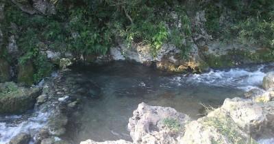 Sumber Mata Air Krawak, Sebuah Mata Air Alami Yang Cocok Digunakan Untuk Bersantai