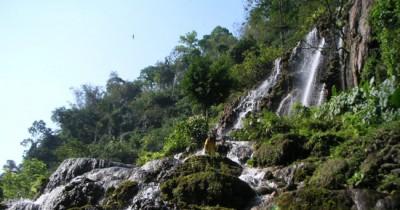 Gua Tetes, Gua yang Berada di Bawah Sebuah Air Terjun