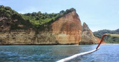Pulau Nusa Barong, Pulau Indah yang Tak Berpenghuni di Puger