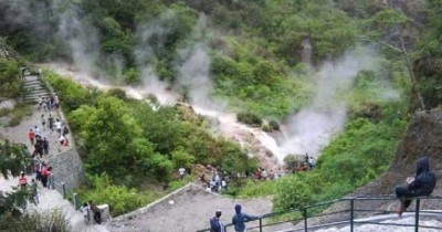 Air Panas Gunung Kelud, Tempat Relaksasi Tubuh Setelah Berkeliling Gunung Kelud
