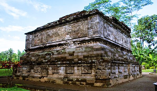 Surawana Temple