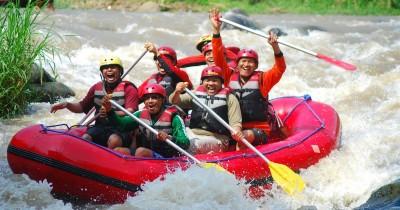 Arung Jeram Sungai Konto, Nikmati Sensasi Rafting yang Menyenangkan di Aliran Sungai Konto