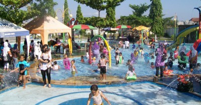 Dumilah Water Park, Wahana Air yang Terletak di Jantung Kota Madiun