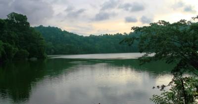 Danau Kastoba, Danau yang Terletak di Atas Bukit dan Tengah Pulau Bawean