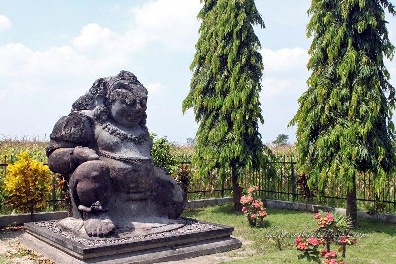 Arca Totok Kerot Patung Yang Membuktikan Kesaktiannya Sri Aji Jayabaya Tempat Me