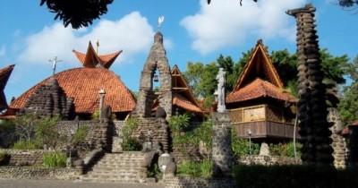 Puhsarang, Indahnya Objek Wisata Rohani yang Terdapat di Kediri