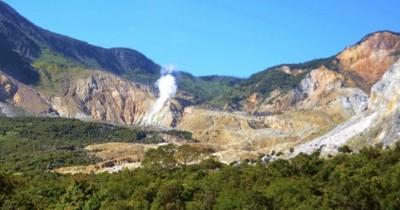 Gunung Papandayan, Mendaki Bersama Keindahan Alam Yang Asri