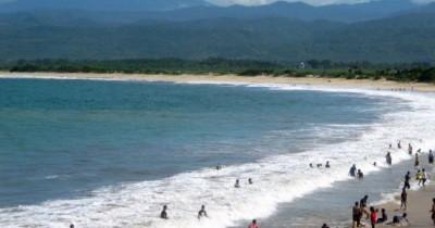 Pantai Cijayana, Laut Di Atas Awan yang Indah nan Elok