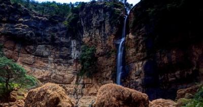 Curug Cimarinjung, Menampilkan Jurrasic World dari Geopark Ciletuh Sukabumi