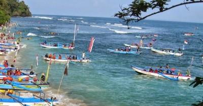 Pantai Pananjung, Serunya Diving dan Snorkeling di Pantai Pangandaran