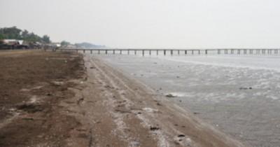 Pantai Tanjung Pakis, Wisata Alam dengan Ombak Menenangkan