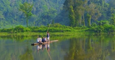 Situ Gunung, Wisata Danau Buatan Eksotis di Sukabumi
