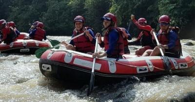 Arung Jeram Sungai Cicatih, Wisata yang Menarik Perhatian Banyak Kalangan