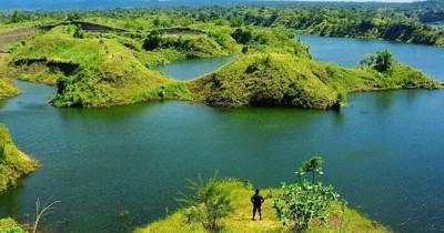 Wisata Waduk Bajulmati, Sensasi Raja Ampat di Jawa Timur