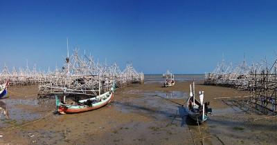 Pantai Talang Siring, Menikmati Salah Satu Obyek Wisata Unggulan Pulau Madura