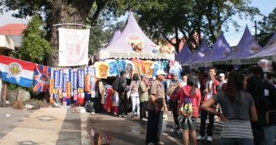 Pasar Minggu Semeru, Berwisata Sambil Berbelanja