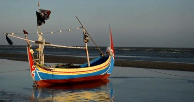 Pantai Jumiang, Pesona Indahnya Salah Satu Pantai di Pulau Garam